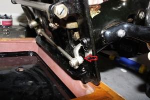 Singer Model 27 / 28 / 127 / 128 - bolt to loosen to adjust timing